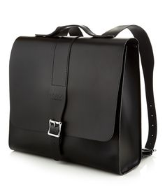 Designed by Parka London and lovingly handcrafted by the Leather Satchel co. the Albion is a structured unisex backpack made from leather. The...