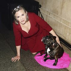 And even turned up to the afterparty. Carrie Fisher Family, Carrie Frances Fisher, Gary Fisher, Famous Women, Famous People, Debbie Reynolds, Star Wars Darth, Princess Leia, Daughter Love