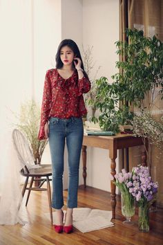 Unique work korean fashion 4305 trendy korean clothes in Korean Fashion Trends, Korea Fashion, Asian Fashion, Spring Dresses Casual, Trendy Dresses, Dress Casual, Classy Outfits, Trendy Outfits, Modest Fashion