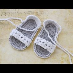 White Baby Crochet Sandals Baby Shoes Baby Sandals by TinySmiley Baby Girl Sandals, Crochet Baby Sandals, Baby Girl Crochet, Crochet Shoes, Crochet Baby Booties, Crochet Slippers, Love Crochet, Crochet For Kids, Knit Crochet