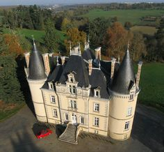 Château de la Houssaye by Olivier Guilmin, via Flickr - Mayenne
