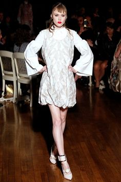 piume e tropical var.panna Giles - Spring Summer 2016 Ready-To-Wear - Shows - Vogue.it
