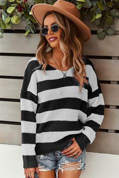Read Between The Lines Black Sweater - Small / Pink