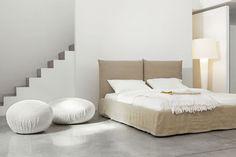 Toolate Contemporary Platform Bed and Hollywood Pouf by Bonaldo Upholstered Furniture, Custom Furniture, Bedroom Furniture, Furniture Design, Best Interior, Luxury Interior, Modern Interior Design, Home Design, Bed Design