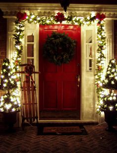 Decorating the Front Porch for Christmas