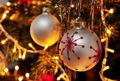 Il Natale nel #Cilento è ancora vissuta come festa della famiglia e del paese. Due sono i momenti che la caratterizzano: la preparazione di dolci e il fòcaro (ofòquara), falò. E' questo il punto di riferimento della notte tra il 24 e il 25 dicembre....http://www.cilentoreporter.it/2015/12/05/il-natale-nel-cilento/