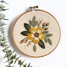 Earthy tones on a pale peach cotton. Clearly I've been loving the hoops lately. This buddy is in the Etsy shop if you need a lil piece… Diy Embroidery Kit, Floral Embroidery Patterns, Embroidery Stitches Tutorial, Hand Embroidery Stitches, Modern Embroidery, Simple Embroidery Designs, Hand Embroidery Flowers, Crewel Embroidery, Diy Embroidery Projects