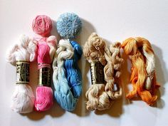 Vint #30 DAISY CROCHET COTTON Thread LILY 500 Yard Skeins White Ecru Pink Blue + #LilyDaisy
