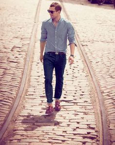 Walk with Denim // Men's fashion & colors : Style for man : Street style & Wardrobe
