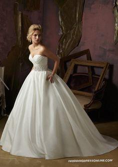 Luxe Taffeta Ball Gown Strapless Sweetheart Wedding Dress