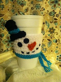 Jazz up your hot winter drinks with this cute snowman! Makes a great gift! 100% hand crocheted with shiny button eyes, and I can customize accent colors...just send me a message!  ***THIS ITEM SHIPS FREE with any other purchase of Debra Doodles merchandise