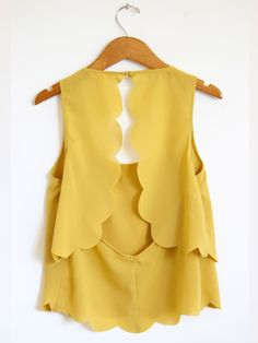 Mustard Scallop Trim Crop Tank Top-Another adorable to do an open back Looks Chic, Looks Style, Style Me, Estilo Fashion, Mellow Yellow, Yellow Top, Mustard Yellow, Yellow Shirts, Mode Inspiration