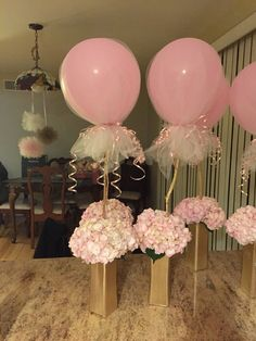 Baby shower centerpieces