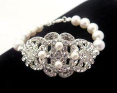 Art Deco Bridal bracelet, Pearl Wedding bracelet, Swarovski crystal bracelet, Wedding jewelry, Crystal bracelet, Cuff bracelet, Rhinestone