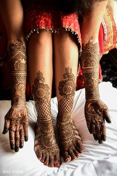 59 Ideas For Bridal Mehendi Wedding Henna Art Mehendi Photography, Indian Wedding Photography Poses, Bride Photography, Photography Ideas, Wedding Poses, Wedding Ideas, Indian Wedding Mehndi, Indian Wedding Ceremony, Wedding Henna