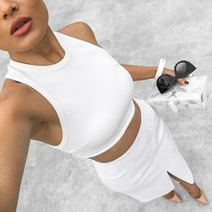 😍👏Super sexy and same time elegant look! Gotta to steal this… All White Outfit, White Outfits, Fashion Outfits, Womens Fashion, Fashion Trends, Urban Fashion, Fashion Bags, Chanel, Wattpad