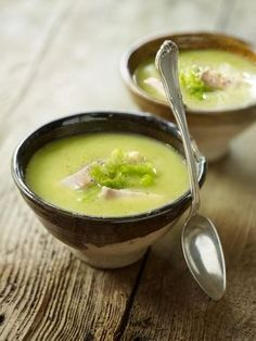 Ham Bone Split Pea soup Elegant Easy Pea and Ham soup Winter Dishes, Winter Soups, Soup Recipes, Cooking Recipes, Healthy Recipes, Recipes Dinner, Healthy Food, Dessert Recipes, Christmas Food Ideas For Dinner