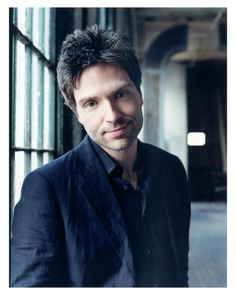 A gifted singer & consummate songwriter, Richard Marx is the first solo artist to have his first 7 singles scale to the Top 5 on the Billboard Hot 100 singles chart. He has written songs for some of the most renowned singers in the music industry. 'Right Here Waiting' became the most requested for song on American radio stations during the Iraq war.