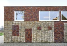 Built by Atelier Tom Vanhee in Vleteren, Belgium with date Images by Filip Dujardin. The meeting centre offers accommodation to various community activities. The complex of buildings consists of success. Brick Architecture, Contemporary Architecture, Architecture Details, Brick Facade, Brick Wall, Types Of Bricks, Concrete Building, Old Bricks, Brick And Stone