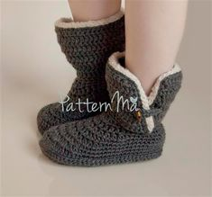 Crochet Women's Slippers Boots size 512  22 by PatternMa on Etsy, $5.00