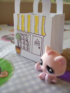 WhiMSy love: The Biggest 'Littlest Pet Shop' Birthday Party Post EVERS.