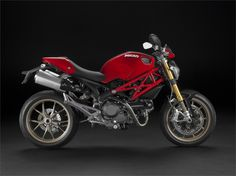 Ducati Monster 1100S (2009) - 2ri.de