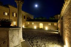 The moon light for your wedding in a tuscany castle