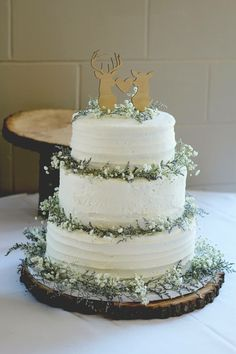 Deer and Buck Country Style Wedding Cake Topper, Rustic Cake Ideas | Unique Wedding & Party Decor Ideas from Z Create Design on Etsy or www.zcreatedesign.com