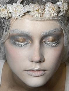Make-up at John Galliano Fall 2009