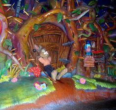 brer rabbit disney - would be so cool to make the bunny hutch have a theme! Disney Parks, Disney Rides, Disney World Florida, Disney Pixar, Walt Disney, Disneyland Parks, Retro Disney, Vintage Disney, Disney Love
