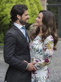 New pictures of Prince Carl Philip & Sofia Hellqvist
