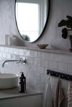 #bathroomideas  #bathroomdiy #bathroommakeover #bathroomdesign #bathroom #bathroomstorage #bathroominterior Bathroom Storage, Bathroom Interior, Scandinavian, Bathrooms, Mirror, Home Decor, Bathroom Vanity Cabinets, Decoration Home, Bathroom
