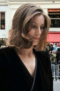 Laetitia Casta  short hair cut