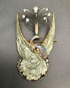 Art nouveau brooch of a swan