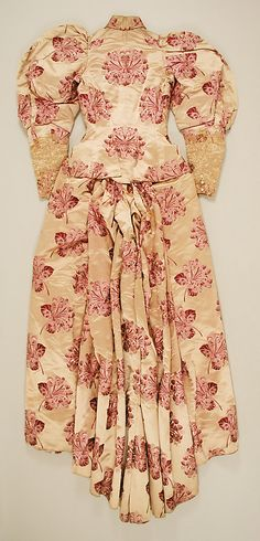 Dress.  House of Worth (French, 1858–1956).  Date: ca. 1895. Culture: French. Medium: a,b) silk, linen. Dimensions: Length at CB (a): 24 1/4 in. (61.6 cm). Length at CB (b): 51 in. (129.5 cm).