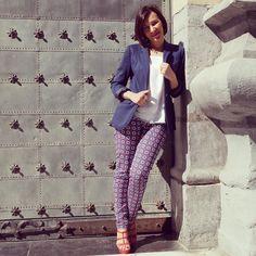 Hoy aparezco posando en el blog @zsazsazsumoda con un total look de marcas españolas. Mola ser modelo por un día y más si haces campaña por la #marcaespaña  @riversidespain @unisa_shoes_and_accessories