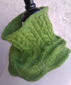 Solme Cowl - pattern on ravelry
