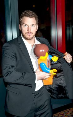 Chris Pratt - plays the Special/Emmett in the LEGO Movie