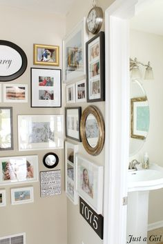 how to hang a gallery wall @Justa Girl