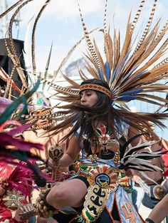 Aztecs dancers