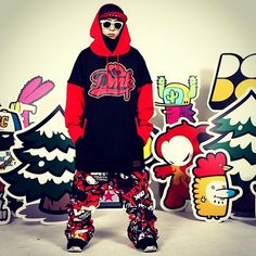 Graffiti artist devil monkey 'DMK' snowboard pants application.  Extreme brand character design. Designed by DOLDOL. www.doldoly.com. #Snowboard #skateboard #sk8 #longboard #surf #hamburg #bike #graphicer #mtb  #스노우보드 #롱보드 #그래피커 #dmk #스노우 #license #graffiti #character #돌돌디자인 #데빌몽키 #힙합 #monkey #인스타그램 #스키장 #그래피티 #헬멧튜닝 #보드복 #휘닉스파크 #스노우보드복