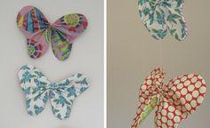 Facilísimas mariposas para un móvil de tela.