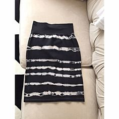 American Apparel Fitted Pencil Cotton Skirt High Waisted Tie Dye Print Fitted Pencil Skirt. Same exact print is on the front and back. American Apparel Skirts