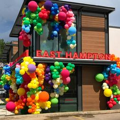 Happy to be a part of second opening in Houston. Y'all the lobsta roll is EVERYTHING. Balloon Columns, Balloon Wall, Balloon Garland, Hanging Balloons, Spring Wedding Decorations, Birthday Party Decorations, Party Themes, Birthday Parties, Deco Ballon