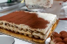 Lebkuchentiramisu Rezept | GuteKueche.at Tiramisu Mascarpone, Deserts, Sweets, Coffee, Healthy, Ethnic Recipes, Google, Check, Candy