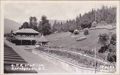 RP: C.P. Railroad Train Station , REVELSTOKE , B.C. , Canada , 30-40s