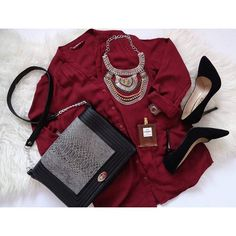 Perfect combo ⭐ Boybox bag @miss_s_design #miss_s_design #Boybox #handmade #bag #madeinbih #fashion #flatlay #trendy #stylish #outfit #look #inspo #trend #style #combo #inspo2you #wearitloveit #ootd #lotd #potd #wearityourway ✌