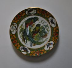 China Plate with Decorated with Lovely Birds - Bradford Exchange - Gottervogel