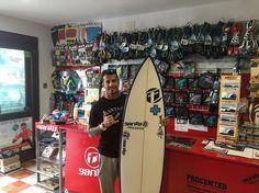 Nuestro Team #rider @echedey_famara muy contento con su nueva @jeffdoclausch by @lasantasurf #lasantasurf @lasantaprocenter #lasantasurfprocenter #surfshop #surfday #surfholiday #surfcamp #surfstore #surfstorelanzarote http://ift.tt/SaUF9M