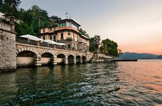 Lovely October on Lake Como… Something Special is coming. Autumn is back and offers are falling! #Autumn #ThursdayThoughts #Fall #LakeComo #Italy #Bentornato #Autunno www.castadivaresort.com
